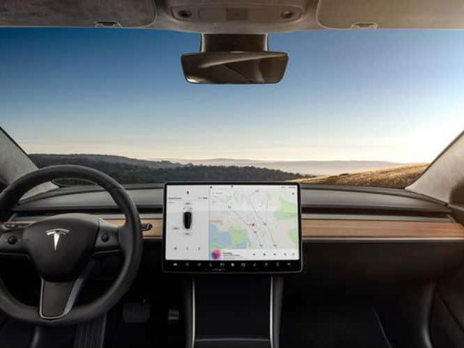 tesla model 3 dashboard2